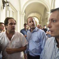 Los intendentes se cansaron de esperar a Randazzo y buscan un candidato