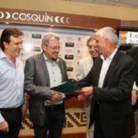 La Provincia entregó aportes por $1.340.000 para el Festival de Cosquín