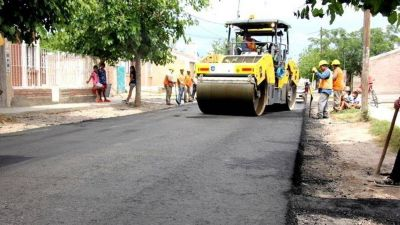 El programa de pavimento pasará de 1.000 a 2.000 cuadras