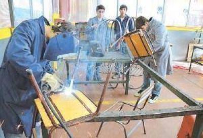 Gremios docentes objetan que la agencia de talentos menoscabe la educación técnica