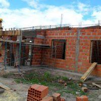Se ejecutan viviendas con fondos de planes federales