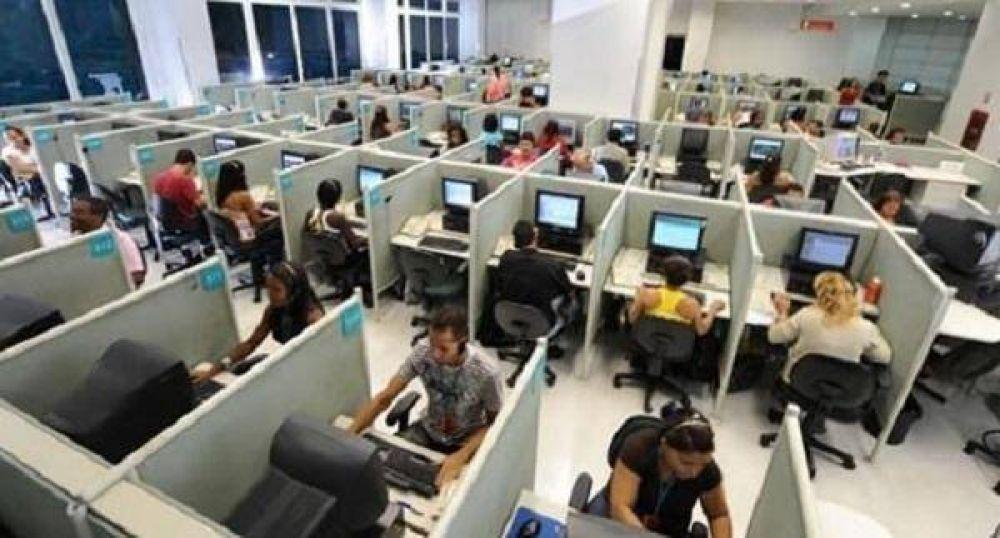Alerta entre empleados de Call Cetners por amenazas de despidos
