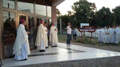 Tres mil fieles asistieron a la consagración del nuevo templo dedicado a Santo Cura Brochero