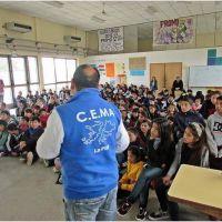 Prohíben actividades políticas partidarias en las escuelas