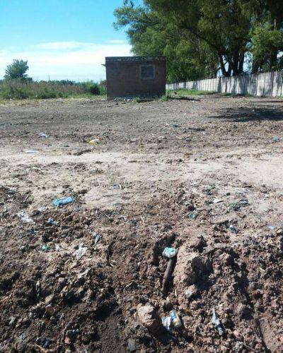 Buena decisión del municipio de Zárate que por medio de Servicios Públicos limpió un basural clandestino