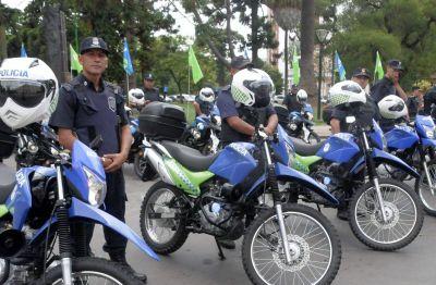 Quilmes recibió nuevas motos policiales en un acto encabezado por el Ministro Ritondo