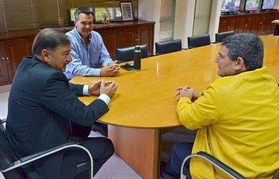 El Gobierno trabaja en equipo con los legisladores nacionales