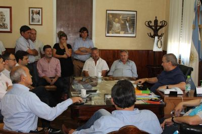 Rossi se reunió con el vicegobernador Salvador en Salto; fue por las inundaciones