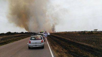 Incendios rurales: rutas habilitadas y cinco focos activos en la provincia