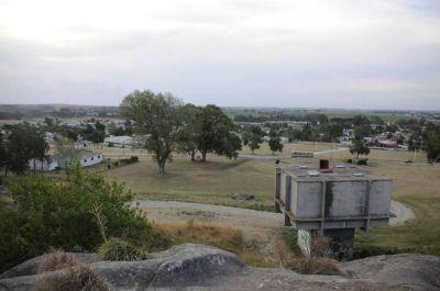 Obras Sanitarias busca garantizar el abastecimiento de agua en los barrios con la ejecución de seis pozos