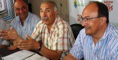 Firman un acuerdo colectivo de trabajo para mejoras del empleado municipal