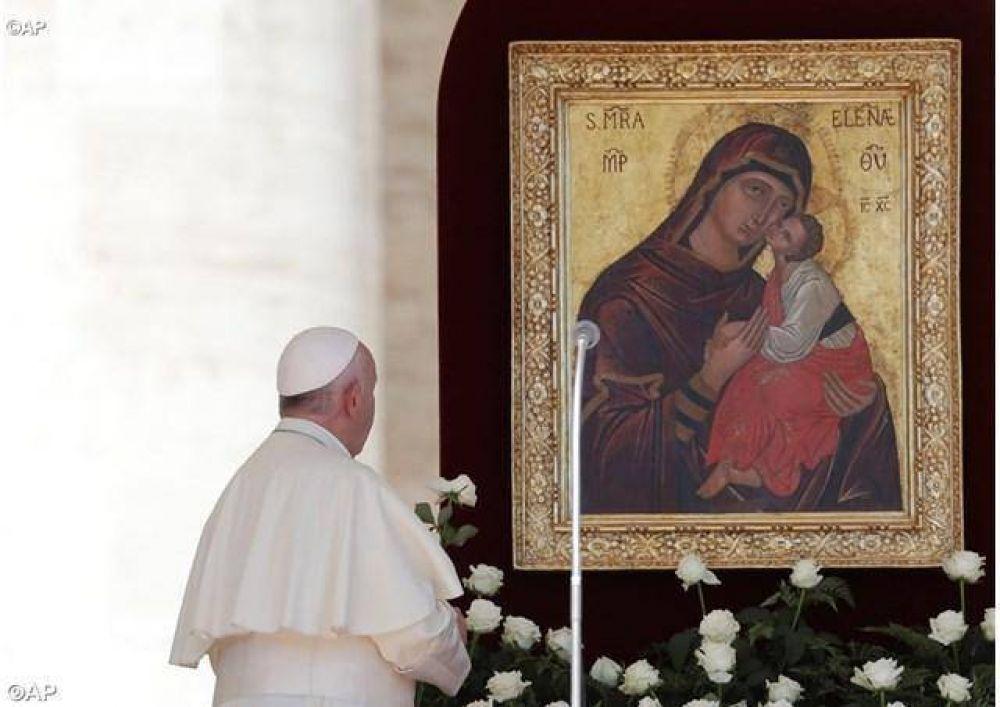 Papa: brille el Evangelio en la sociedad con María, Madre de Cristo y de la esperanza
