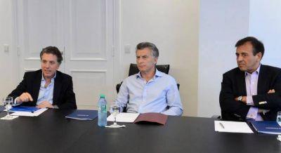 Dujovne tuvo su primera reunión con el equipo económico y Macri y les dio su diagnóstico