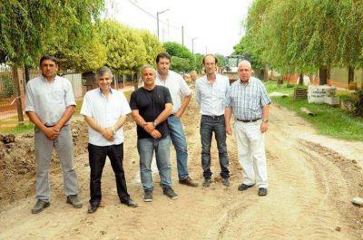 Britos aseguró que se realizarán 99 cuadras de cordón cuneta en Chivilcoy