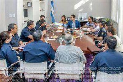 Tras las críticas, Petrecca encabezó una nueva reunión con jefes policiales