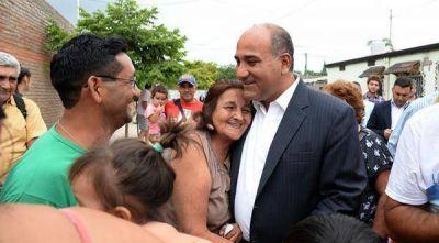 """Juan Manzur: """"El turismo es una oportunidad para generar trabajo en la provincia"""""""