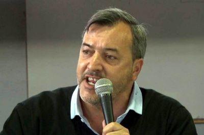 """Aguiar pidió a Weretilneck que """"predique con el ejemplo y se baje el sueldo"""""""