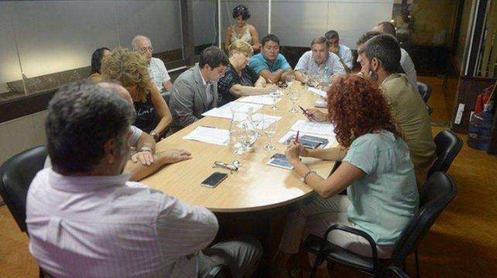 Paritarias 2017: AMPROS rechazó la oferta del Gobierno de Mendoza