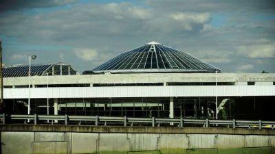 Terminal fantasma: Dellepiane está lista para abrir, pero los micros no quieren ir