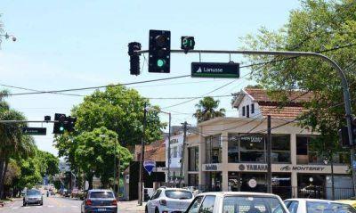 Colocaron letreros indicadores en la avenida Libertador de San Fernando