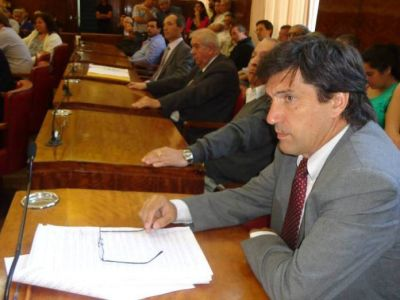 """Mario Rodríguez: """"Los feriados del 24 de Marzo y el 2 de Abril deber ser inamovibles"""""""