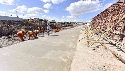 Contrapunto por los plazos para terminar el ensanche del arroyo del Gato