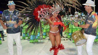 Cresto y Gay, al ritmo del carnaval