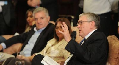 La oposición quiere sesionar en extraordinaria para tratar el decreto de Macri de ART