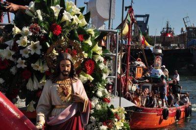 Emotivo cierre de la Fiesta de los Pescadores con una procesión náutica seguida por decenas de fieles