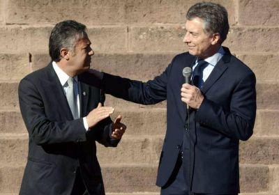 Macri recibe a Cornejo y la UCR