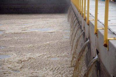 Diputados proponer reconvertir los líquidos clocales en agua de riego