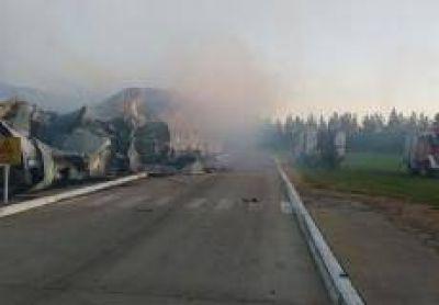 Intendenta Antonijevic ofreció colaboración para gestiones tras el incendio en la planta Magnifresh