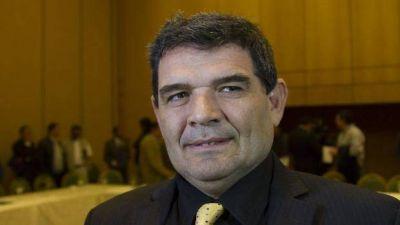 Alfredo Olmedo propuso construir un muro con el vecino país