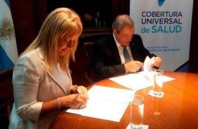 La provincia de Tucumán firmó el acuerdo para su adhesión a la Cobertura Universal de Salud