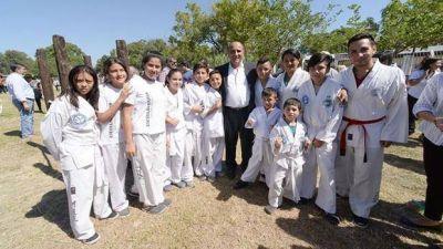 Una nueva pista de salud beneficia al barrio Sarmiento
