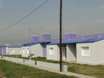 Reiteran que las viviendas del IPV no se pueden poner a la venta