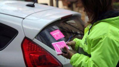 El estacionamiento medido vuelve a funcionar en su horario habitual: se cobra de 7 a 20