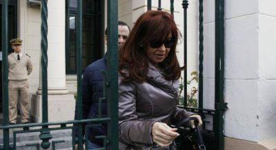Cómo es la vida de Cristina Kirchner en Santa Cruz mientras define si es candidata