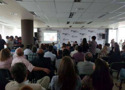 Intendentes y comisionados suman su ayuda para recibir a los refugiados en la Provincia