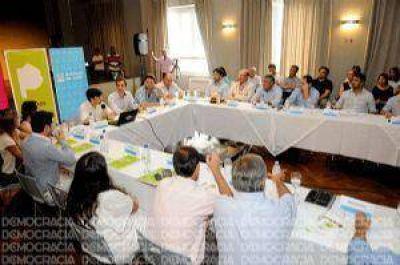 Intendentes de la Región se reunieron con el subsecretario de Vivienda en Junín