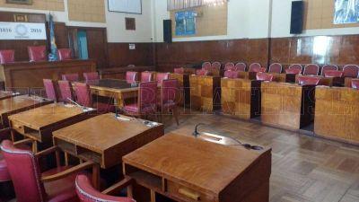 Sigue la polémica en el Concejo por el arribo de las grandes superficies