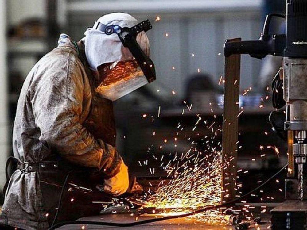 Aumentos tarifarios: Industrias y comercios bonaerenses le piden más gradualismo al gobierno