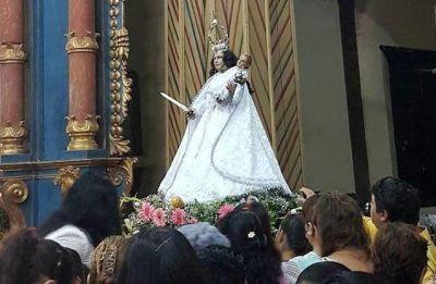 """LA CANDELARIA: Festejaron el cumple de la Virgen que """"cura y consuela"""""""