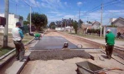 Pavimento en dos sectores de la ciudad