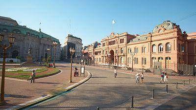 La Casa Rosada demora su plan para reducir el gasto con una reforma administrativa