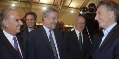 Además de llevar a su primo Jorge, Macri viajará a España con cerca de 200 empresarios