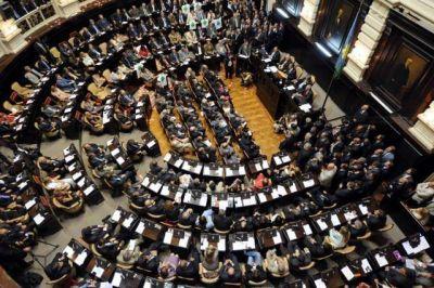 Legislatura Bonaerense: El massismo y el peronismo deberán revalidar la mitad de su poder legislativo