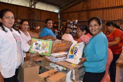 El gobierno trabaja en equipar más de 250 mil kits escolares