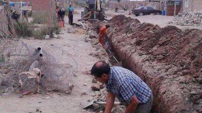 En el Obrero instalan nueva red de agua