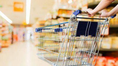 El consumo cayó un 4,7% en 2016 y se resignaron marcas por los precios